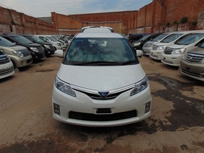 FRESH IMPORT NEW SHAPE TOYOTA ESTIMA PREVIA HYBRID 2.4 AUTO 7SEATER DVD NAT