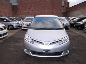 2011 TOYOTA ESTIMA Previa 2.4 Auto 7 Speed Gearbox Electric Door DVD Camera Gps